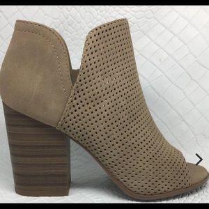 Shoes - Oak boots